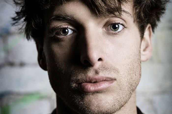 "Paolo Nutini - Proclaimed by BBC 6 Music as ""Scotland's biggest musician right now"""