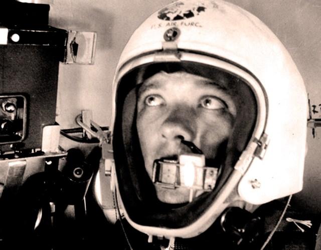 Major David Simons - Ballon to Outer Space