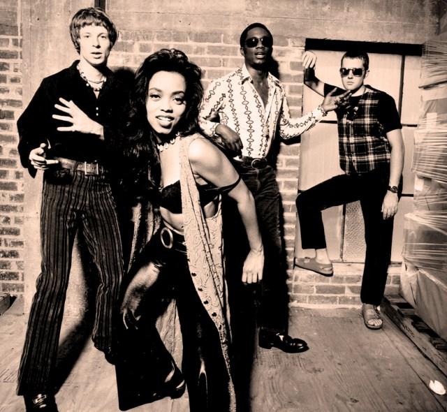 Brand New Heavies - in concert 1992