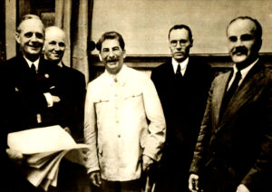 Signing the Russo-German non-aggression pact