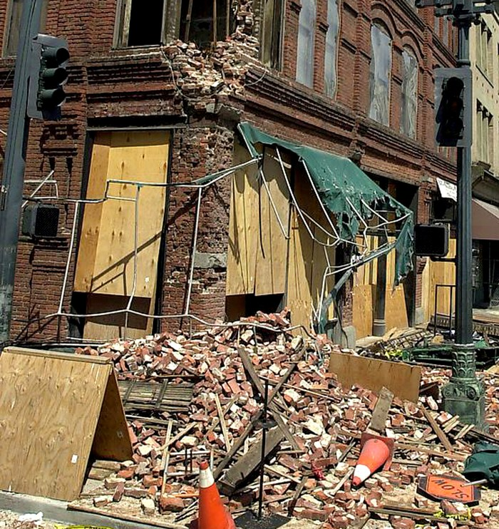 Seattle Earthquake - 2001