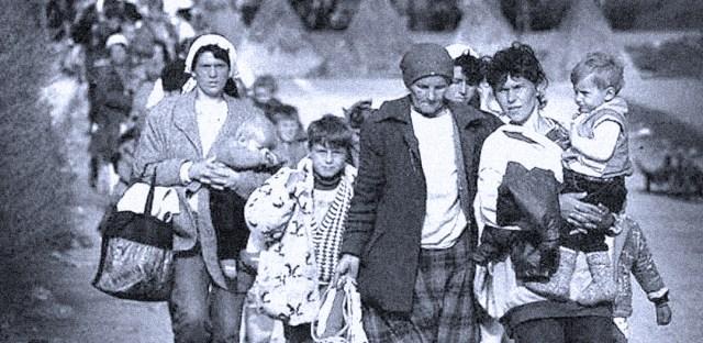 Kosov refugees - photo: Eddie Mulholland