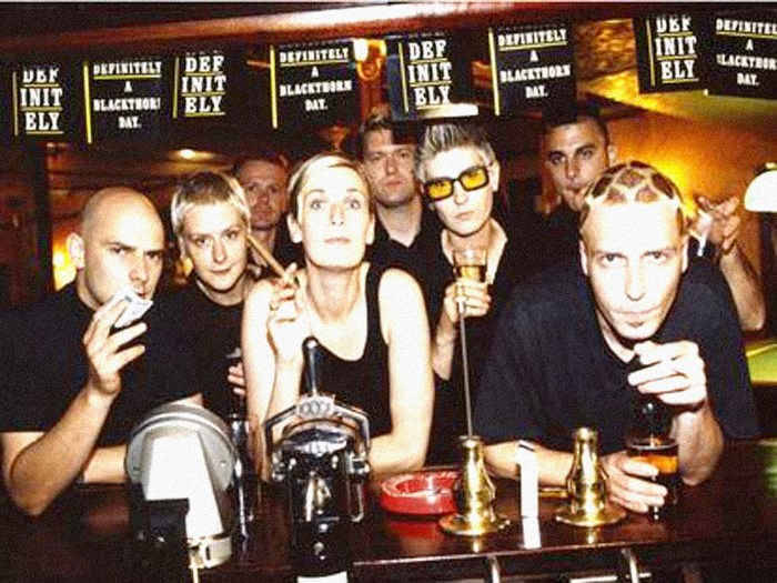 Chumbawamba - Glasto 1994