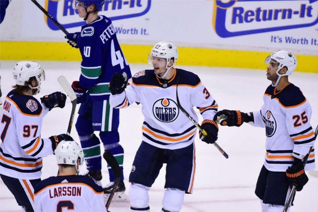 Game Notes: Canucks @ Oilers