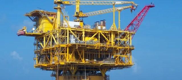 Gulf Coast Gasoline Rises to 6-Week High on Seasonal Work