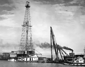 1950s Gulf of Mexico: Early Noble Drilling Offshore Rig