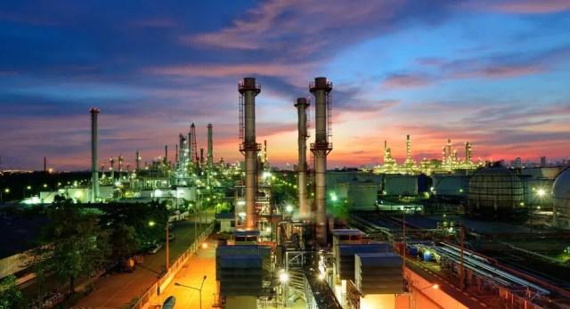 Petroleum Industry News Sends Mixed Signals