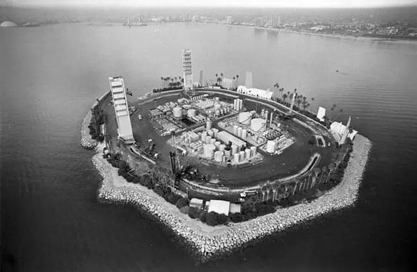 THUMS (Astronaut) Oil Island White, Long Beach, CA, 1986