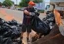 Ação de limpeza no Bosque Vera Paz recolhe 12 toneladas de lixo