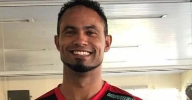 Vídeo: goleiro Bruno é flagrado com mulheres e bebidas na prisão e perde direito de trabalho