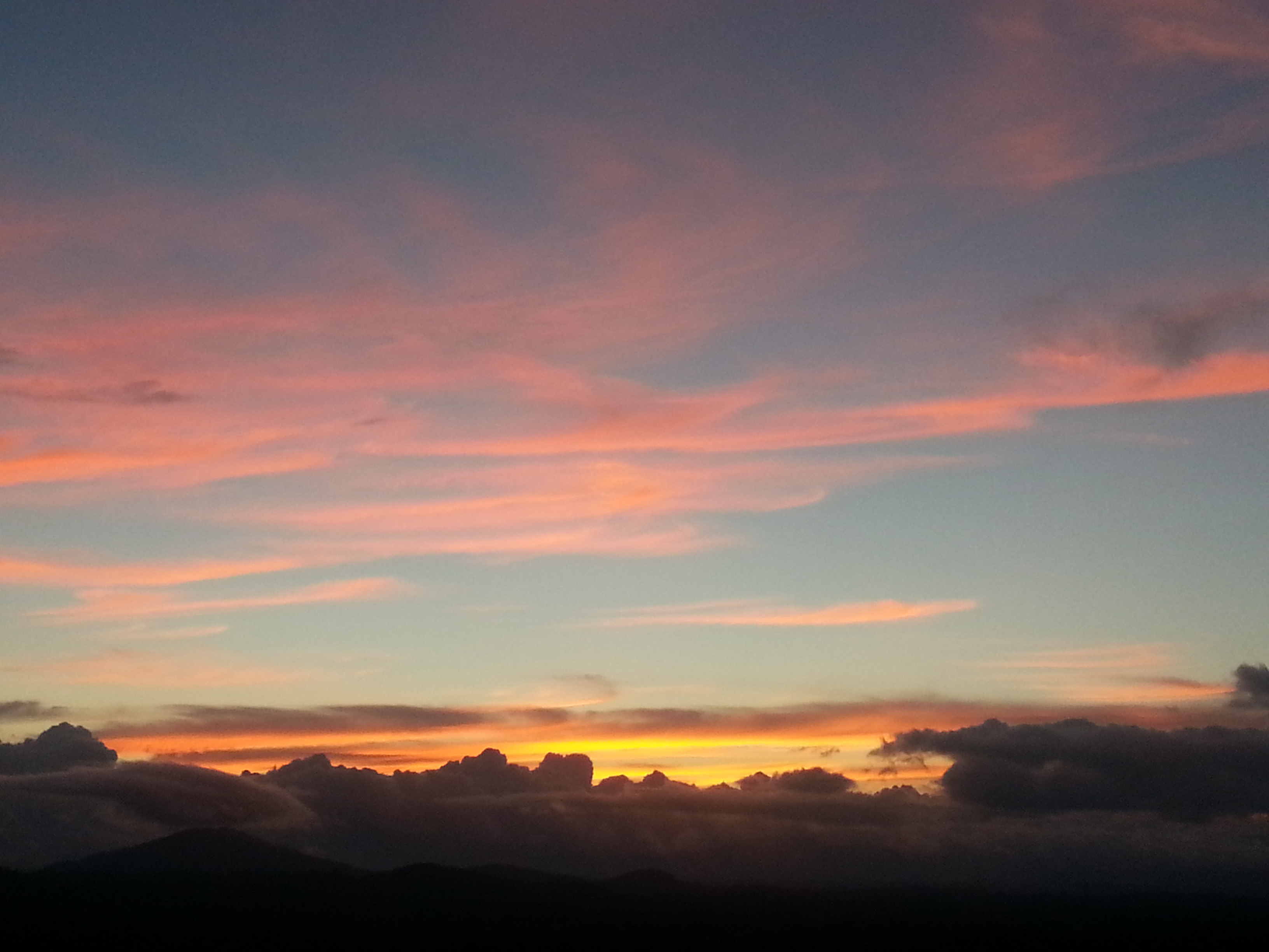 Pink, blue, yellow, orange, gray \u0026 black \u2013 a sky of many moods ...