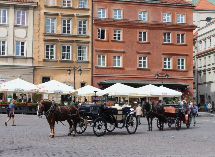 How can there not be a horse-drawn carriage in the Old Town!