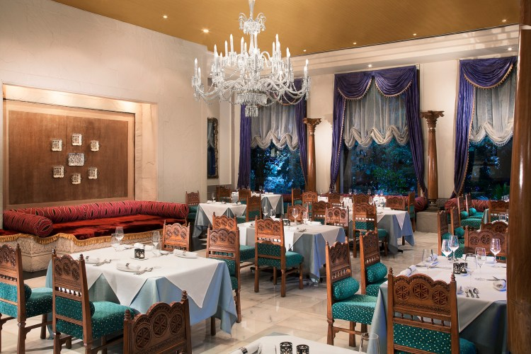 The glittering Firdaus Restaurant (Courtesy: Taj Krishna, Hyderabad)