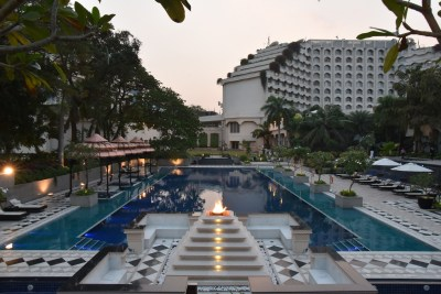 EXPLORE THE LUXURIOUS SIDE OF HYDERABAD