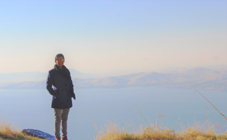 I have the Millerton Lake behind me on my drive to Friant in California.