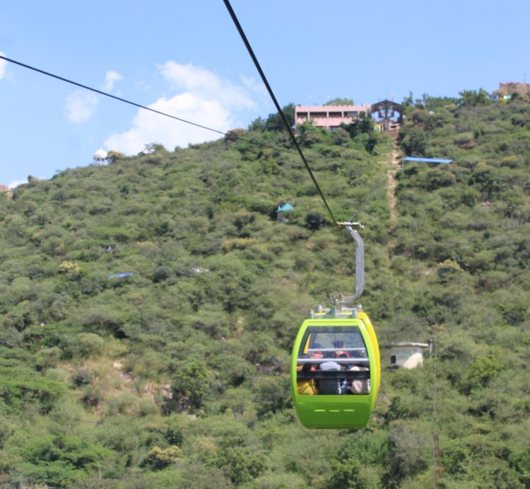 Cable car ride to Machla Magra Hills