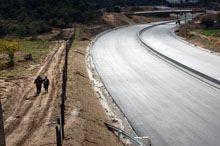 Habitantes de Aldeia Rica andam quilómetros         para ir ao cemitério