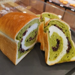 oishipan sg - matcha red bean loaf
