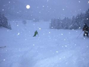 新雪の朝一ペルセウス