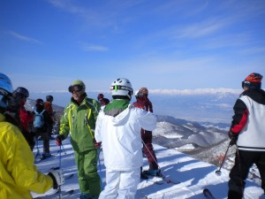 高天原山頂 バックに中央アルプス