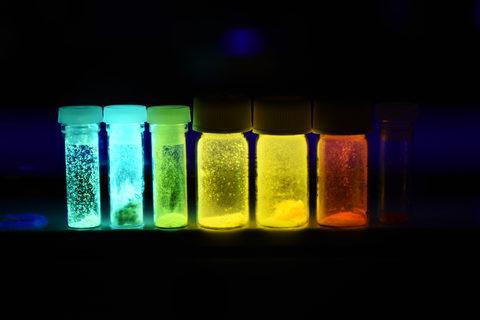 photoluminescent (PL) compounds