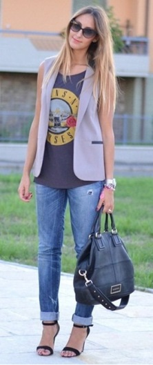 07_look-para-casual-day_calc3a7a-jeans-com-a-barra-dobrada_look-de-jeans-feminino_look-com-calc3a7a-jeans