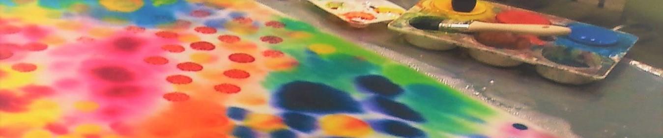Taidepalvelut Värikäs kuva maalauksesta, joka on tehty kuvataidemenetelmiäni soveltamalla