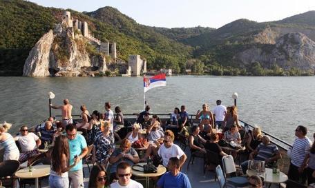 Srebrno-jezero-3