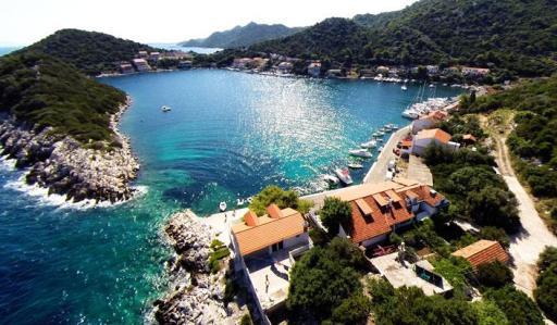 Zaklopatica-bay-on-island-Lastovo-Croatia[1]