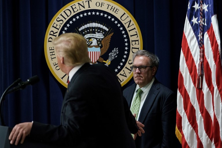 Trump nombra a un exrepresentante del lobby del carbón jefe de la agencia medioambiental