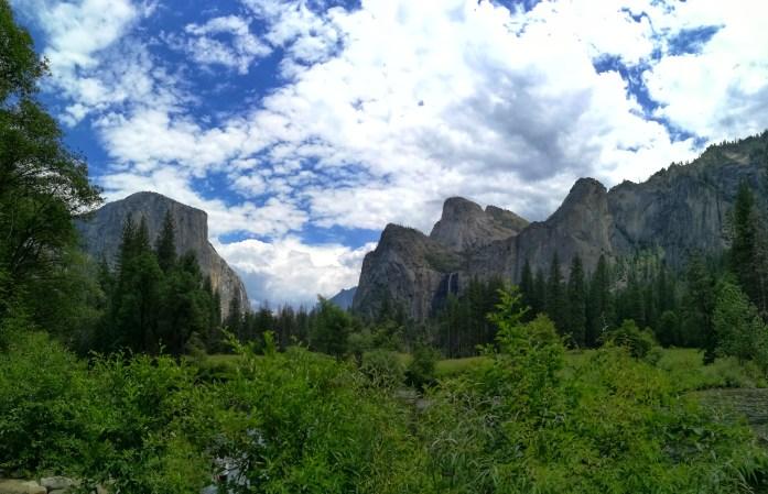 Blick ins Yosemite Tal vom Valley View Aussichtspunkt