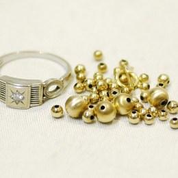 ダイヤ付きPt850リング:2.03g / K18ネックレスパーツ:0.92g