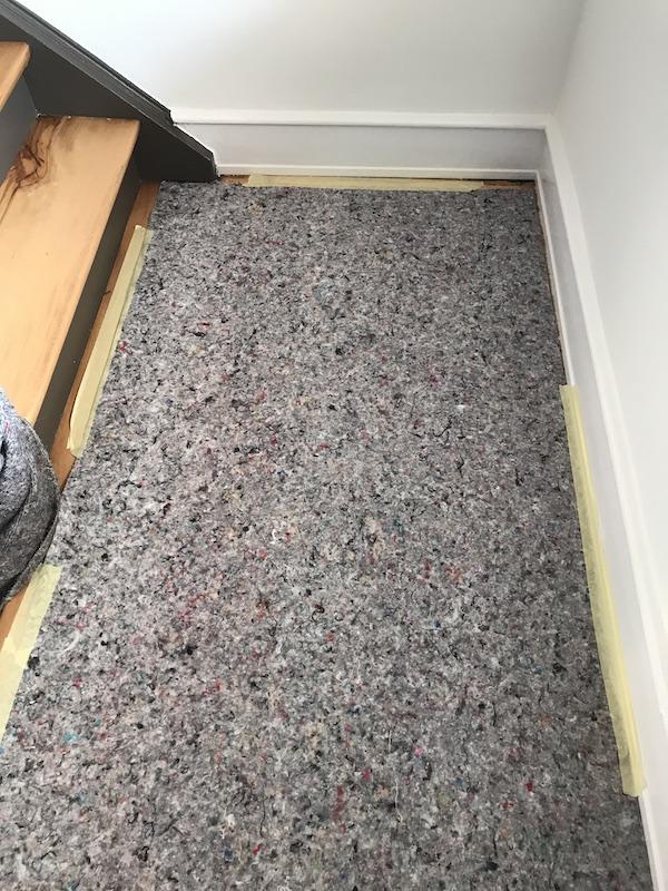 Bei einem Umzug sollten Sie speziell bei Parkettböden oder Laminatböden daran denken, ein Bodenschutzservice mitzubuchen.