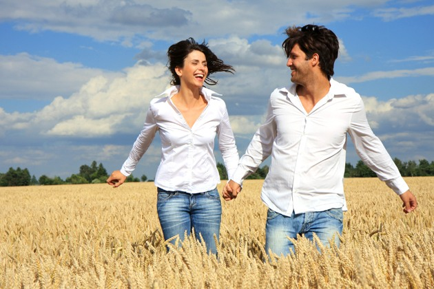 ways to build a relationship, how to better your relationship, 10 ways to improve relationship