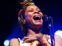 kent-lingeveldt-erykah-badu-cape-town-international-jazz-festival-NEW_4908