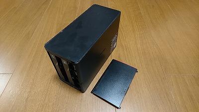 LS220D0402Gの前面蓋を開けたところ