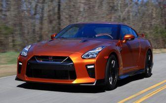 年収600万円でR35 GT-Rは買えますか?元銀行員が答えてみた
