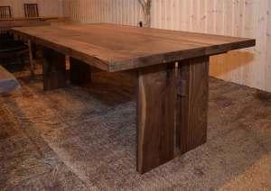 ウォールナット天板厚材ダイニングテーブル