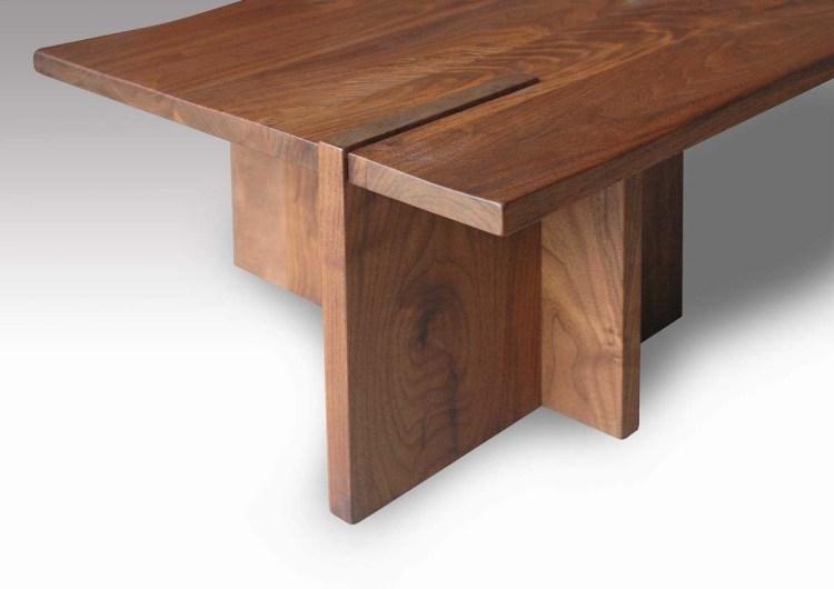 ウォールナット無垢材センターテーブルの脚