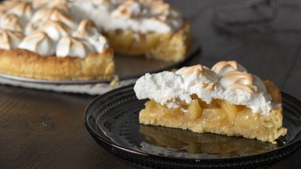 Apple pie recipe with meringue