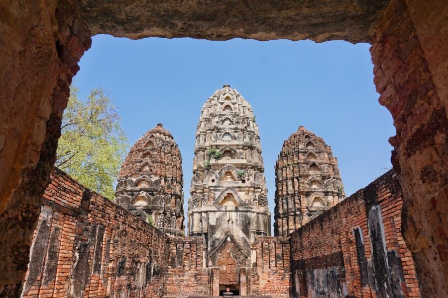 Wat Sa Sawai, Sukhothai, Thailand, history, ruins, temples, architecture