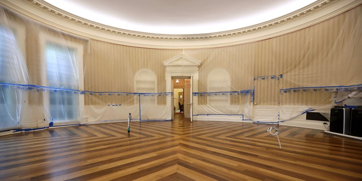 R3publican: The White House is now run entirely by Hucksters, Democrats, and Generals