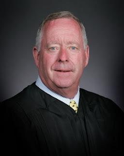 MuskogeePolitico: OK Supreme Court Justice Joseph Watt to Retire