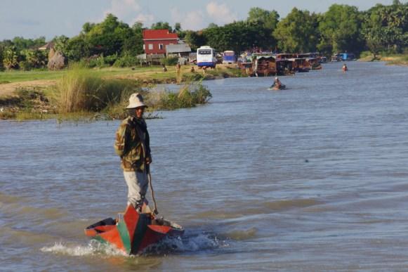 Kambodża, rejs rzeką