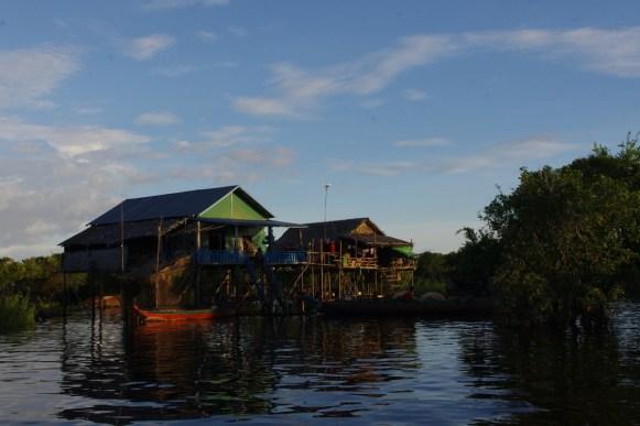 Kampong Phluk, Kambodza