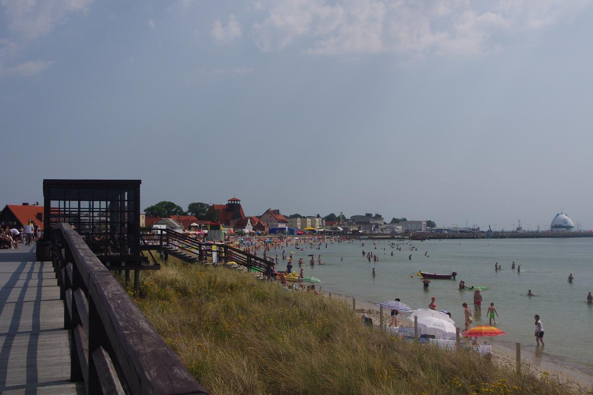 Hel, widok na port i mikro plażę od strony zatoki