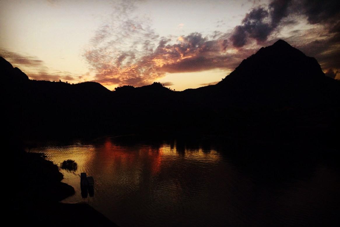 zachód Słońca oglądany z mostu