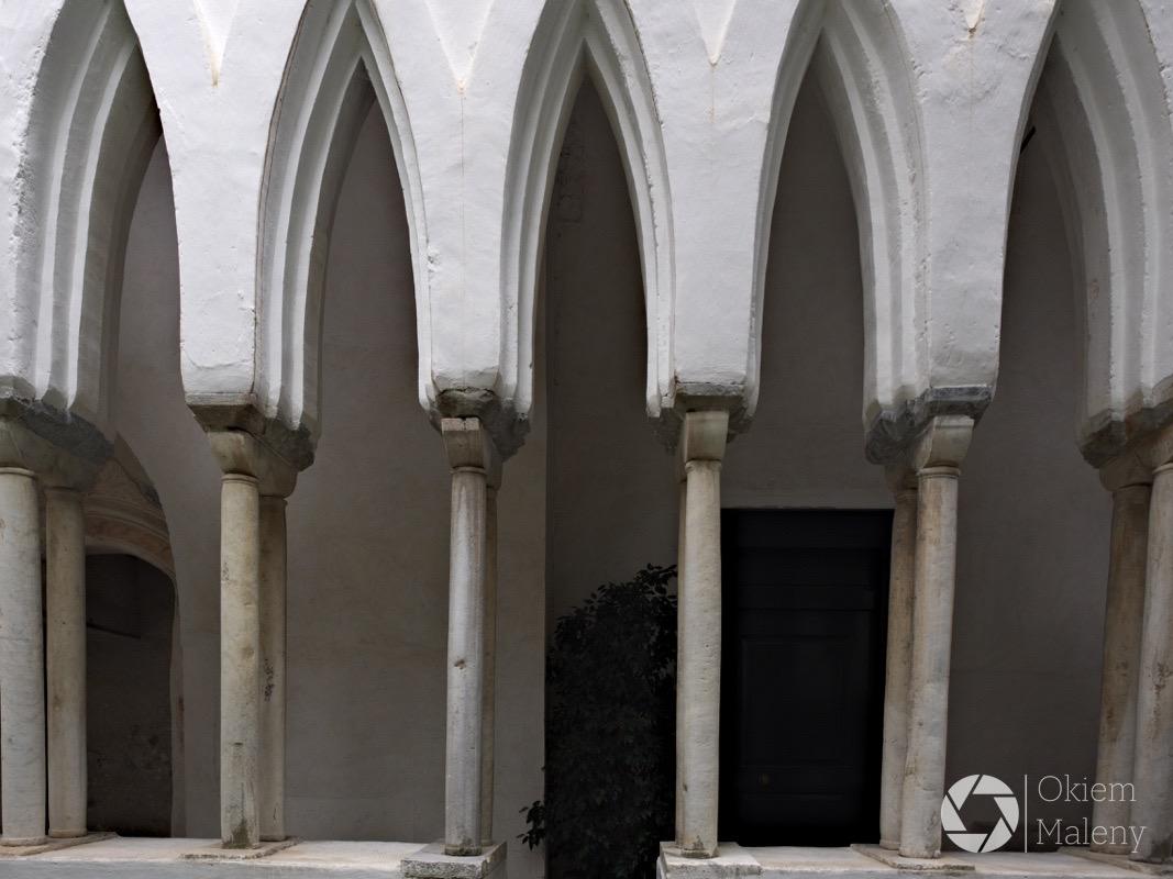 Amalfi_Duomo-Chiostro-di-Paradizo1