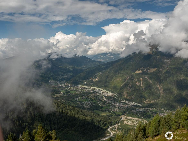 widok na dolinę Chamonix po drodze do La jonction