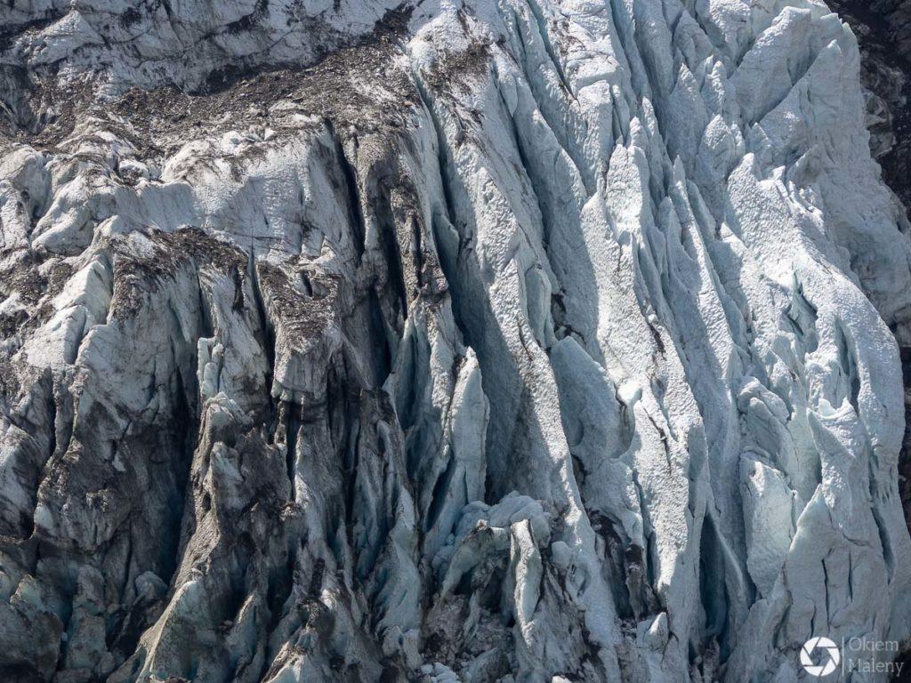 szczeliny w lodowcu La Taconnaz